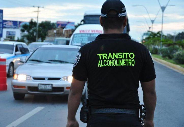 """El """"alcoholímetro"""" se instaló en diferentes puntos de la ciudad. (Hugo Zúñiga/SIPSE)"""
