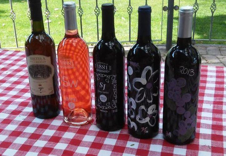 Los mexicanos consumen apenas 0.5 litros de vino anualmente, mientras que en Francia, el consumo per cápita es de unos 50 litros. (Notimex)