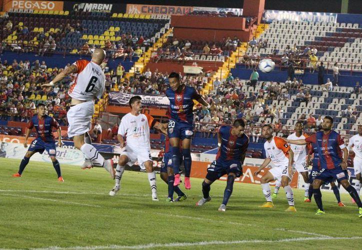 El equipo logró como local anotarse su tercera victoria consecutiva, esta vez ante Alebrijes de Oaxaca. (Ánagel Mazariego/SIPSE)