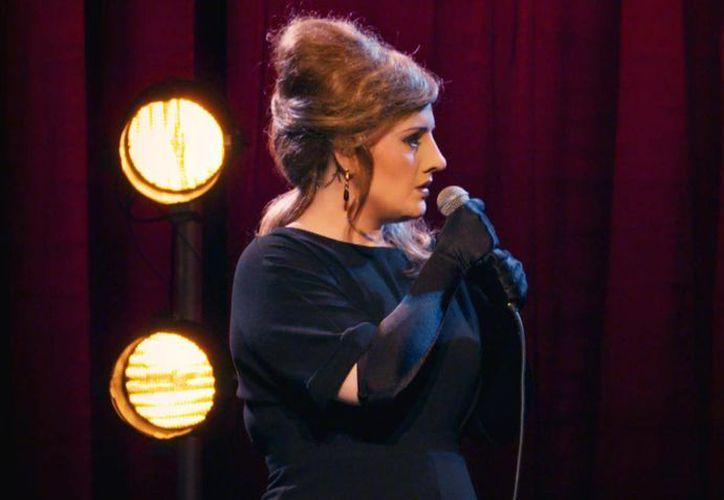 Adele, quien recientemente estrenó su disco '25', les dio una sorpresa a un grupo de imitadoras suyas que audicionaban para un concurso de la televisora BBC. (ndependent.co)