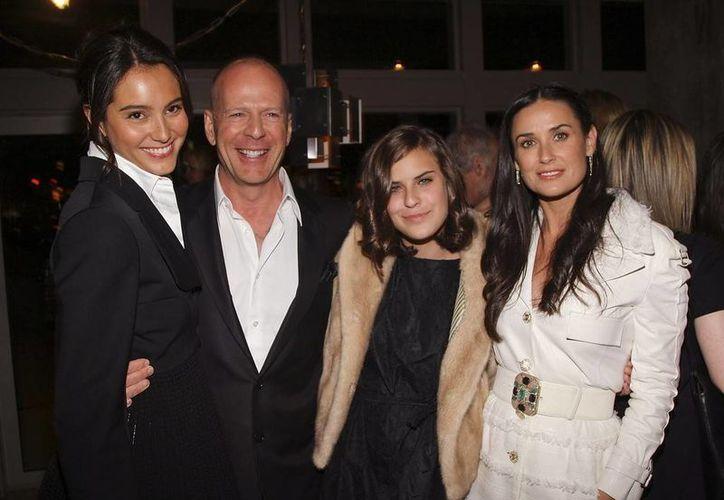 En la foto, Emma Hemming, Bruce Willis, su hija Tallulah Belle Willis y Demi Moore. (zimbio.com)
