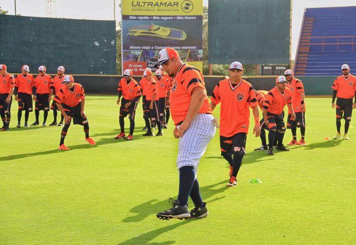 Los jugadores de Tigres se encuentran listos para los juegos. (Raúl Caballero/SIPSE)