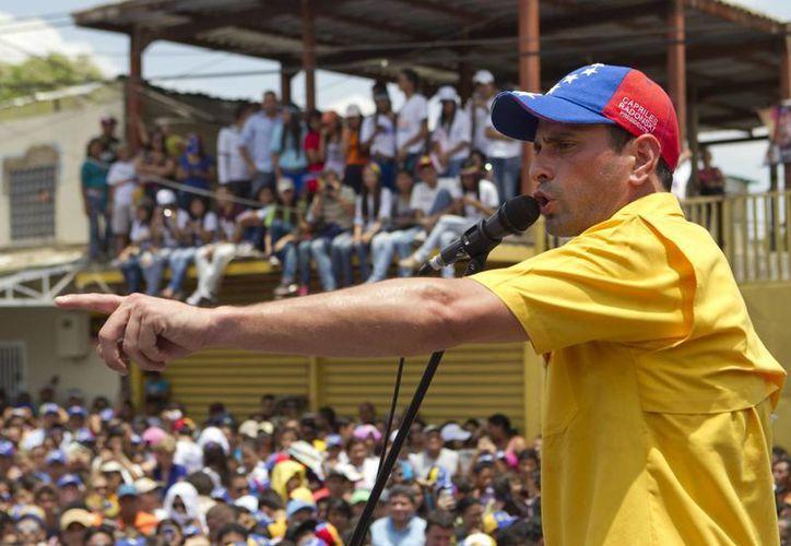 Capriles durante su visita a San Felipe, Estado de Yaracuy. (EFE)