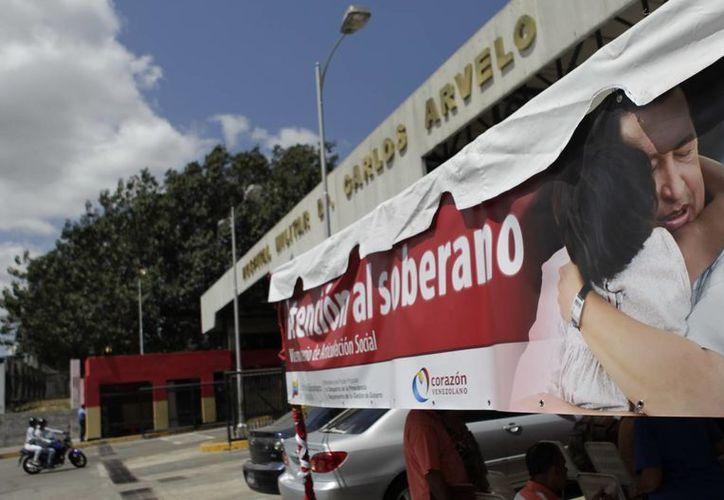 Exterior del Hospital Militar de Caracas donde se encuentra internado Hugo Chávez desde su llegada de Cuba. (EFE)
