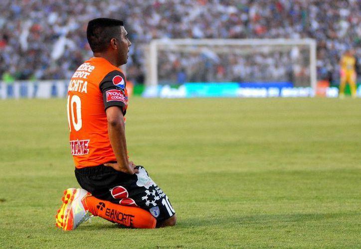 "La imagen de la derrota: Daniel ""Hachita"" Ludueña, del Pachuca. (Agencias)"