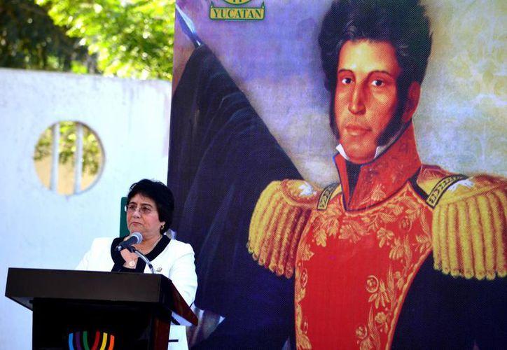 La magistrada Ligia Cortés recordó el espírito reformador del prócer. (Milenio Novedades)