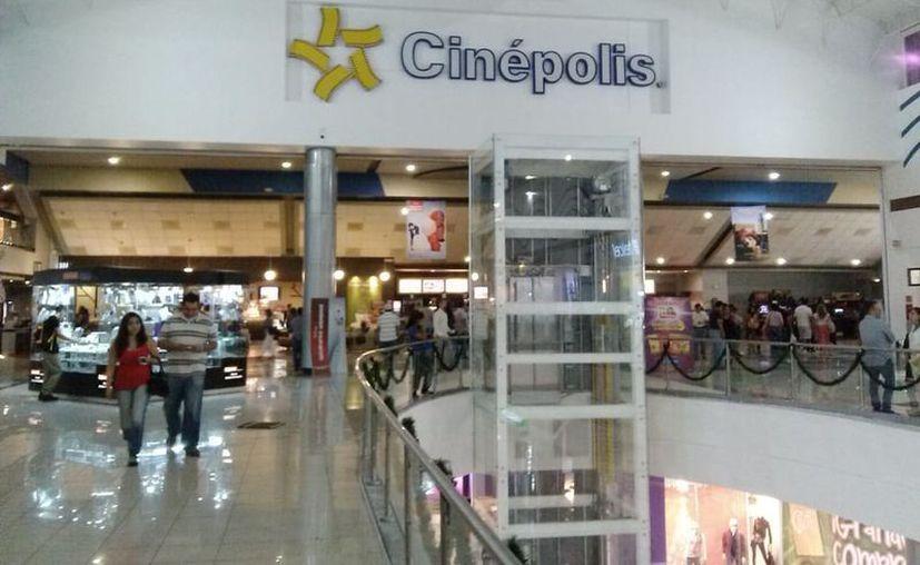 Cinépolis anunció que a partir de este miércoles cerrará sus más de 4 mil salas de exhibición que opera en México. (Foto: Redacción Sipse).