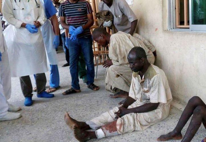 De acuerdo con testigos, siete de las víctimas perdieron la vida dentro de la mezquita, dos en la entrada, una más camino al hospital y otro en el nosocomio. (Contexto/Internet)