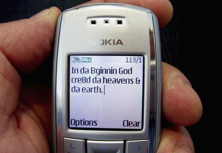 En junio de 2014, se enviaron más de 561 millones de mensajes de texto en todo el mundo. (Contexto)