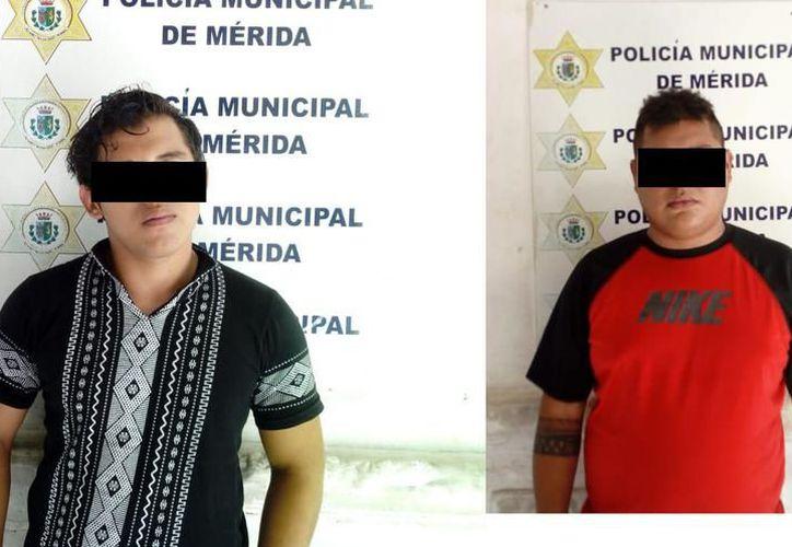 A petición de los fiscales, decreto la prisión preventiva a los dos detenidos, medida que estará vigente por un lapso de dos meses. (Milenio Novedades)
