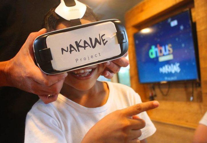El dispositivo de realidad virtual Nakawe se encuentra en el DhBus Project que recorre el norte de Quintana Roo. (Daniel Pacheco/SIPSE)