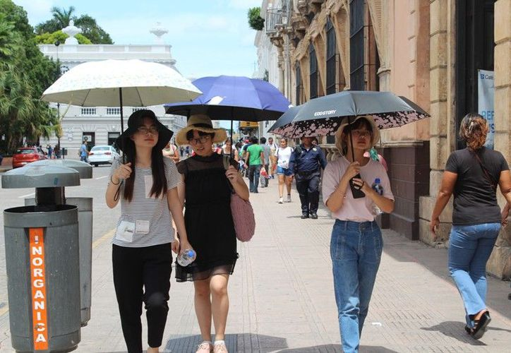 Calor y algo de lluvia por la tarde se espera para este sábado. (Novedades Yucatán)
