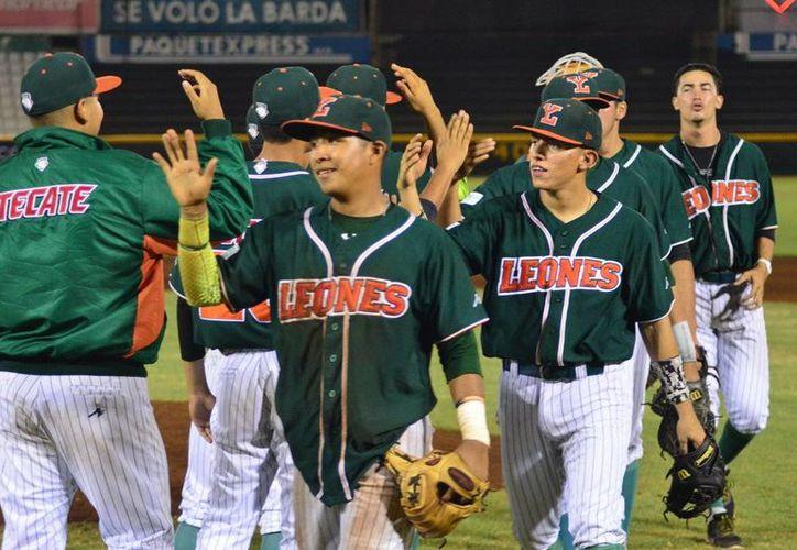 La sucursal de Leones de Yucatán terminó la segunda vuelta en primer lugar y de está manera avanzaron a la Final de la Peninsular.(Milenio Novedades)