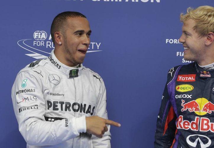 Hamilton cree que el dominio de Vettel alejaría a los aficionados de la F1. (Foto: Archivo/Agencias)