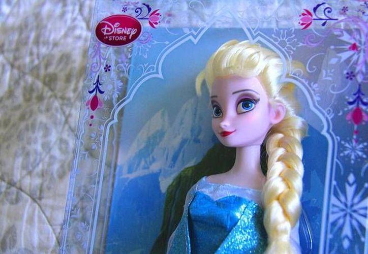Elsa de Frozen es la nueva favorita de las niñas como regalo para esta Navidad. (judgmentofparis.com)