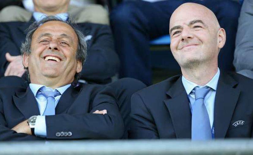El periódico alemán 'Der Spiegel' reveló que Michel Platini y Gianni Infantino encubrieron a ambos clubes. (Foto: Omnisport)