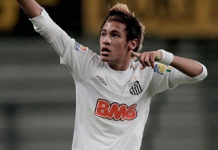 Neymar está nominado por su gol ante el Porto Alegre el pasado 7 de marzo. (Foto: Agencias)