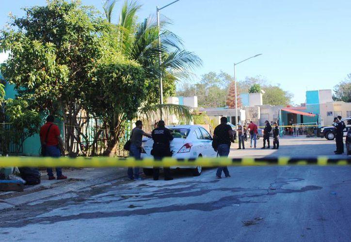 Una operadora de taxi recibió balazos ejecutados por dos hombres en moticicleta. (Foto: Octavio Martínez/SIPSE)