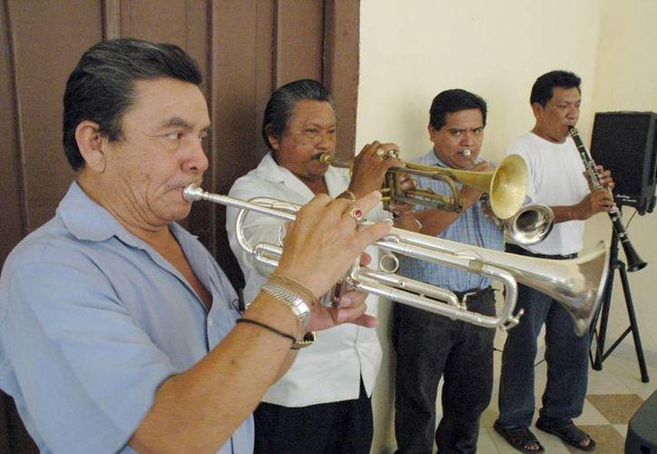 La invitación para participar en el Programa de Músicos Tradicionales Mexicanos 2014 se realiza en dos formas: individual y grupal. (Cortesía)