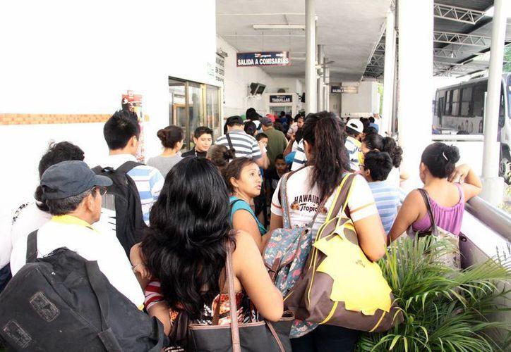 La terminal de autobuses de Progreso es de las que registran mayor demanda. (Milenio Novedades)