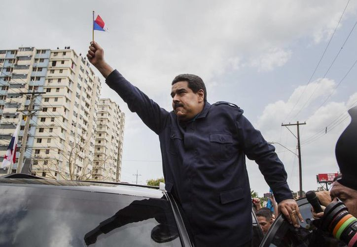 Maduro tendió una mano a Obama con el fin de buscar solución a las diferencias bilaterales. (Agencias)