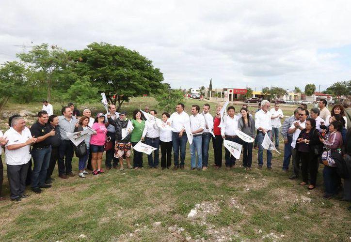 Este domingo dio inicio la construcción del 'Paseo de henequenes', otro pulmón verde para Mérida. (foto cortesía del Gobierno)