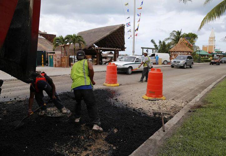 El mejoramiento del bulevar Kukulcán, permitirá aligerar un promedio de 50 mil vehículos diarios. (Redacción/SIPSE)