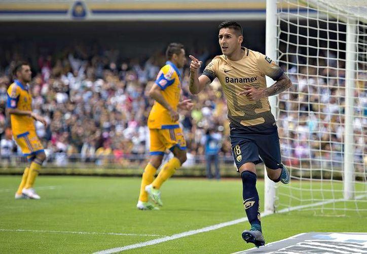 Solo falta una firma para que Ismael Sosa pertenezca a los Pumas de la UANL. (Mexsport)