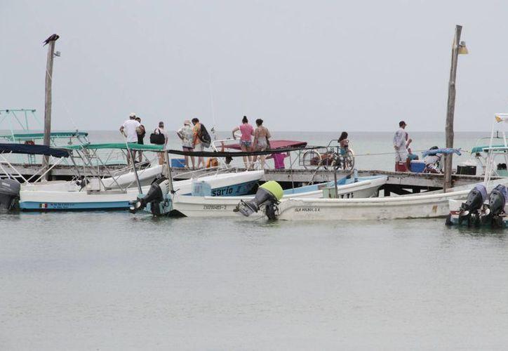 Los isleños cuidan el entorno ecológico de la isla. (Tomás Álvarez/SIPSE)