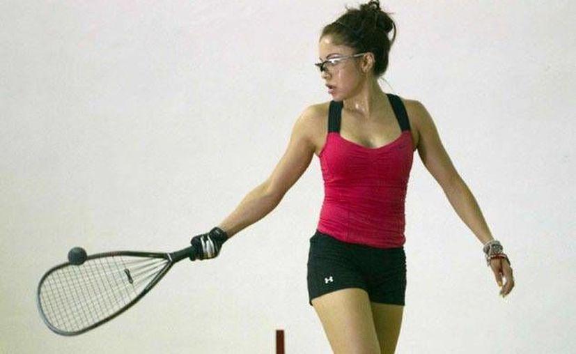 Paola Longoria es por mucho la mejor jugadora de raquetbol en la historia de México. (vavel.com)