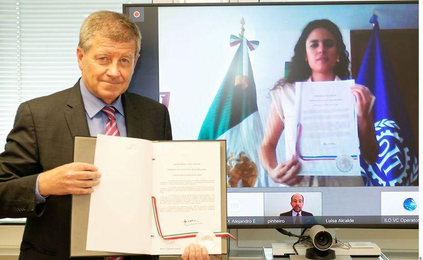 Guy Ryder, director general de la OIT, y Luisa María Alcalde, titular de STPS. (Agencia Reforma)