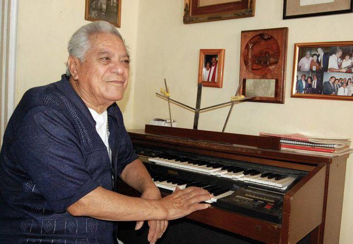"""Tony Camargo grabó en México """"El año viejo"""", que se convirtió en un tema distintivo de finales de diciembre. (Milenio Novedades)"""