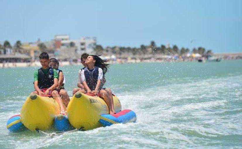 Cancún ofrece una gran variedad en deportes acuáticos para el turismo y los habitantes. (Internet/Contexto)