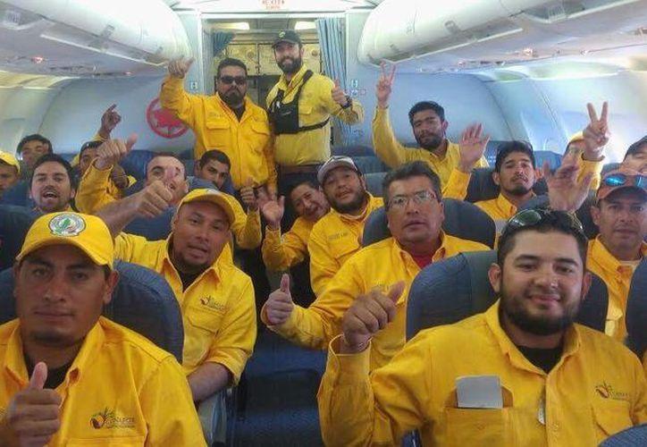 Los mexicanos, utilizaron equipo especializado y fueron movilizados en helicóptero en ese país. (Redacción/SIPSE)