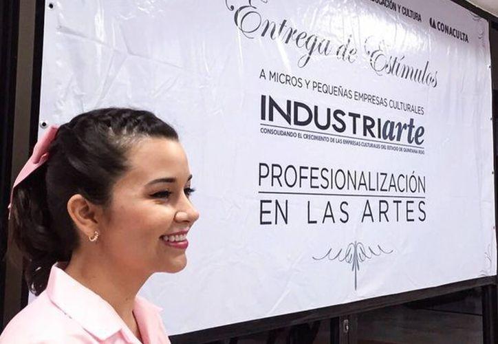 A sus 23 años de edad, Paola Pastrana fue seleccionada como finalista de la convocatoria entre 26 proyectos más. (Gerardo Amaro/SIPSE)