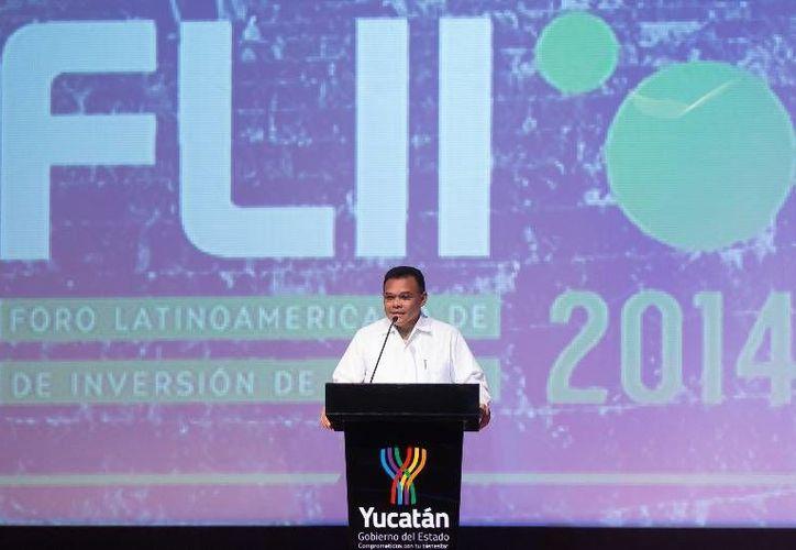 El Gobernador inauguró el IV Foro Latinoamericano de Inversión de Impacto 2014 que se realiza en la Sala Mayamax del Gran Museo del Mundo Maya de Mérida.(Cortesía)
