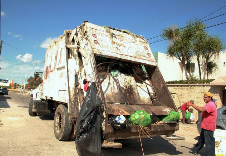 La Comuna busca que los ciudadanos separen su basura. (Milenio Novedades)