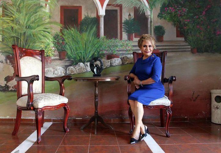 Para Olivia Guzmán Durán, además del crecimiento personal y profesional, el plano espiritual es esencial en el éxito y la felicidad del individuo. (Amílcar Rodríguez)