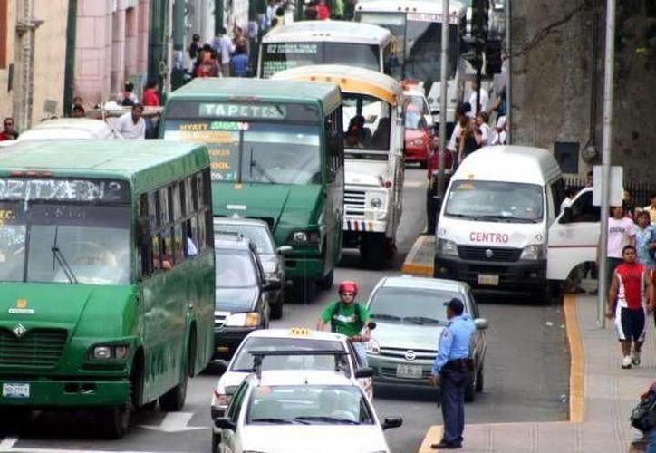 La movilidad es otro problema que enfrenta el Centro Histórico de Mérida. (Archivo/SIPSE)