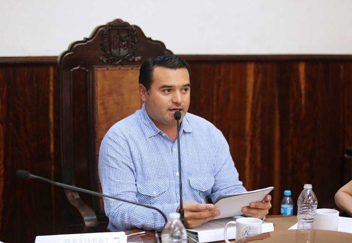Renán Barrera Concha pretende seguir vigente en la escena política para los siguientes tres años, mediante una diputación plurinominal. (SIPSE)