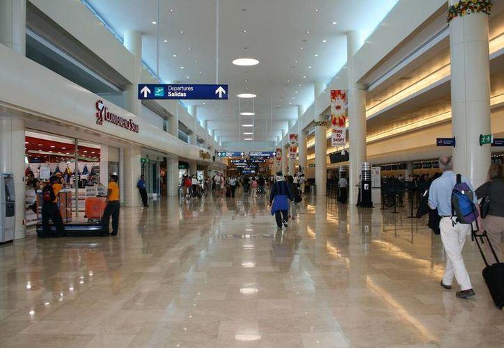 Diputados de Quintana Roo 'darán la bienvenida' a los mexicanos que viven en el extranjero. (Aeropuertos.Net)