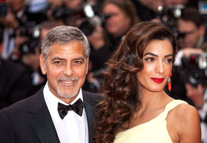George y Amal Clooney anunciaron que donarían 500 mil dólares a la causa 'March for Our Lives'. (Foto: The Knot News)