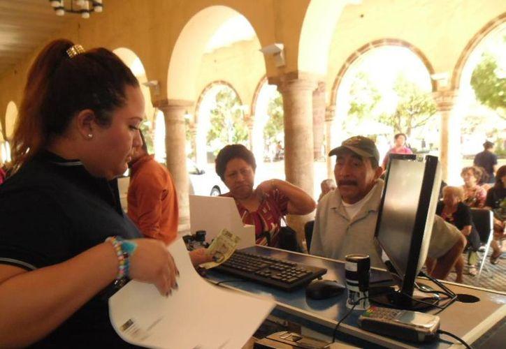 El cobro del impuesto predial arranca en momentos en que el PRI denuncia 'disfunción administrativa' en el Ayuntamiento de Mérida. (SIPSE)