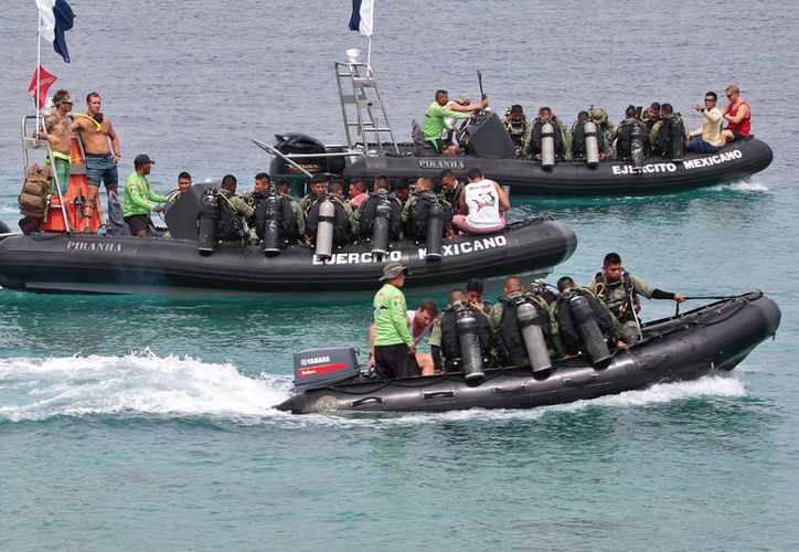 Los militares norteamericanos están en la isla desde el mes pasado. (Gustavo Villegas)