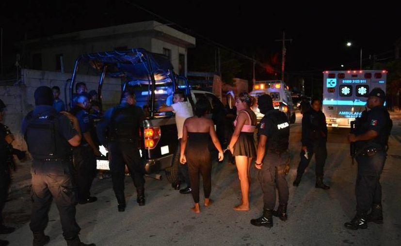 Un asalto terminó con cuatro detenidos y una persona gravemente herida en la colonia Colosio. (Redacción/SIPSE)