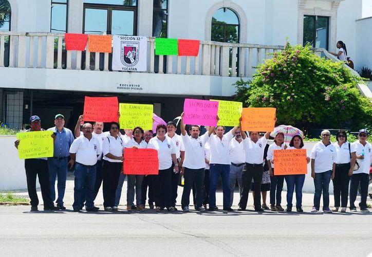 La protesta de los empleados de la  Secretaría de Desarrollo Agrario, Territorial y Urbano (Sedatu) se realiza a nivel nacional.  Piden la homologación de salarios y prestaciones laborales. (Milenio Novedades)