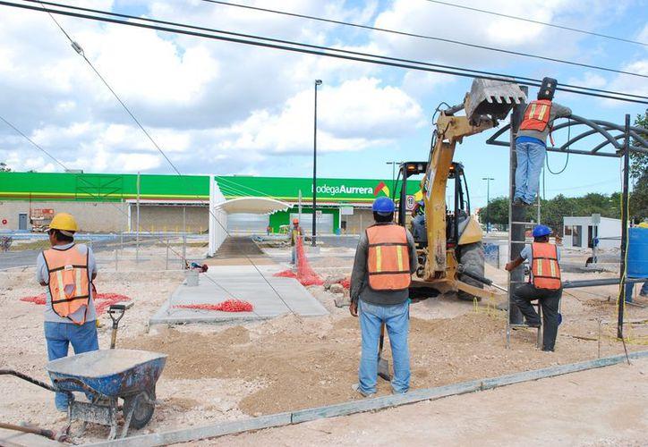 Las nuevas tiendas Bodega Aurrera, Walmart y Chedraui contratarán a más de 300 personas. (Tomás Álvarez/SIPSE)
