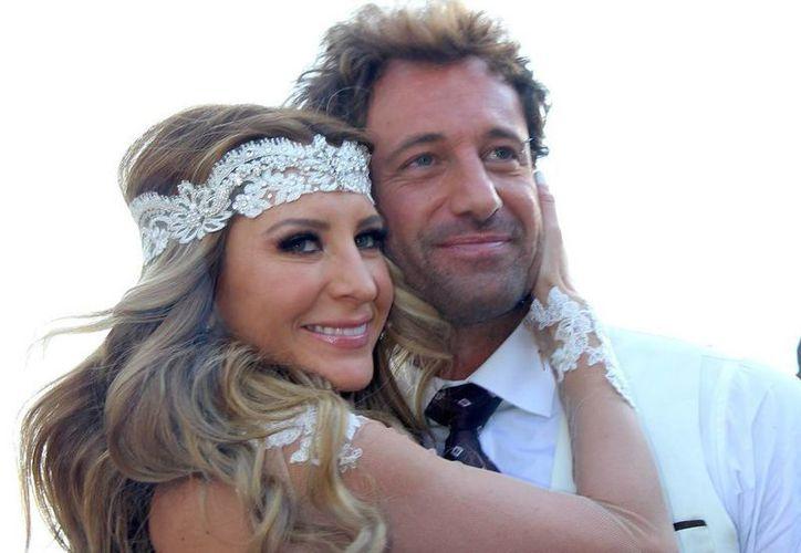 La feliz pareja disfruto su estancia en el Caribe Mexicano. (Agencia)