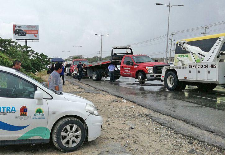 Los hechos se suscitaron frente a la Central de Abastos de Cancún. (Pedro Olive/SIPSE)