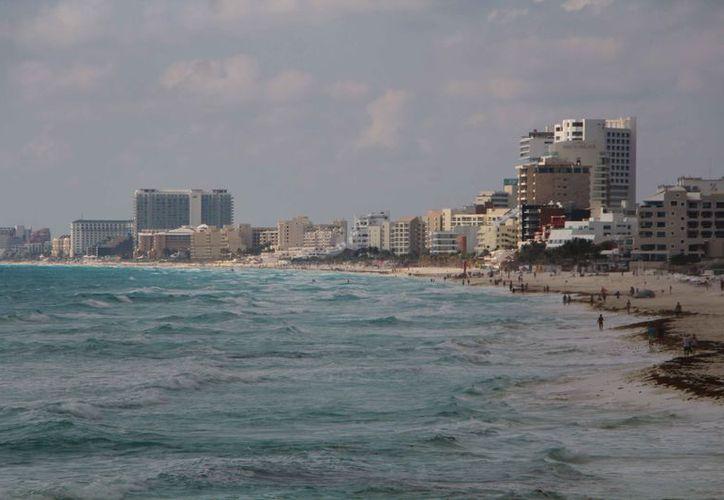Los hoteles demandados se ubican en la zona hotelera del destino. (Paola Chiomante/SIPSE)